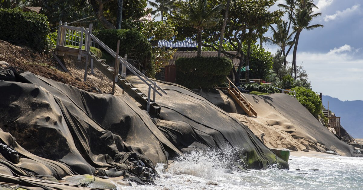 Hawaii Officials Promise Changes to Seawall Policies That Have Quickened Beach Destruction